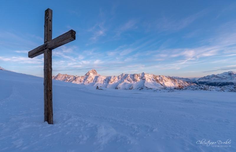 Kreuz am Lötschenpass - ©Christiane Dreher