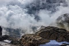 Wolkenverhangene Blüemlisalp