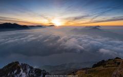 Sonnenuntergang Fronalpstock im Kanton Schwyz. Blick über den Urner- und Vierwaldstättersee - ©Christiane Dreher