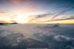 Besonders schön wirkt die Wolkenbildung über dem See - ©Christiane Dreher
